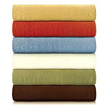 Solid Color Quilts – co-nnect.me & ... Solid Color Matelasse Quilt By Cf Solid Color Quilts For Bedding Solid  Color Queen Size Quilts ... Adamdwight.com
