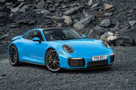 There are also some key differences between the interiors of both the 992 and 991 generations. 2019 Porsche 911 New Video Shows 992 Carrera 4s At The Nurburgring Autocar
