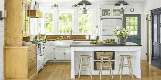 With the right spray tips and paint, you can get an awesome finish using an airless sprayer. 16 Best White Kitchen Cabinet Paints Painting Cabinets White