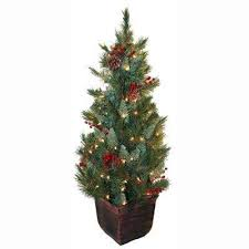 5.5 Ft and Under - Pre-Lit Christmas Trees - Artificial Christmas ...