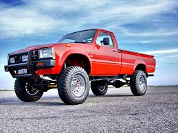 Toyota Hilux LN 46 Vintage fully restored by Motorsportloralamia ...