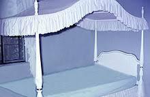 Modern canopy beds[edit]