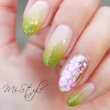 Mieko Hiramatsuさんのネイルデザイン ニュアンスネイル 春ネイル