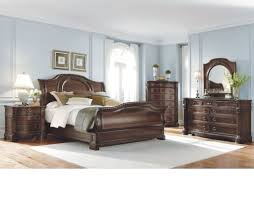 Bedroom: Classic Style Complete Wooden King Size Bedroom Sets ...