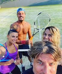 Life Tourism & Consulting Entertainment - Lezione di Tennis oggi con i  nostri ragazzi la nostra amica Roberta Bonanno direttamente da Amici e Tale  e Quale Show! Benvenuta al Kalimera Kriti a