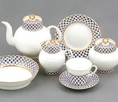 Посуда фарфоровая