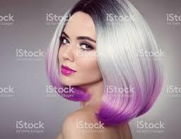 Bob Kapsel Gekleurde Ombre Haarverlenging Schoonheid Model Meisje