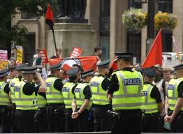 photos sdl outnumbered in glasgow before being dumped in pub on the counter protest was tinged by a completely unnecessary snobbery as illustrated by the hilarious placard below there s plenty of reasons to
