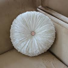 Round Decorative Pillows Best Round Throw Pillows Pillow And Blanket Making Decorative