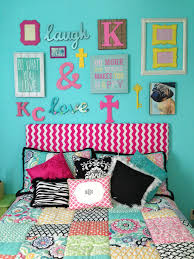 Pottery Barn Girls Bedrooms Girls Room Above The Bed Collage Pottery Barn Teen Bedding
