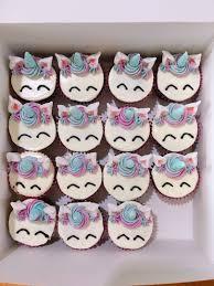 Mini Cupcakes Food Drinks Baked Goods On Carousell