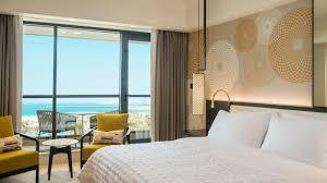 On Suite Bedroom 5 Star Guest Rooms Le Royal Meridien Beach Resort Dubai