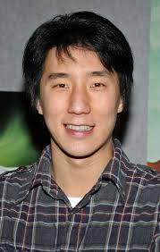 Jackie chan vs benny urquidez fight scene. Jackie Chan Hat Eine Rasante Schauspielkarriere Gehabt Aber