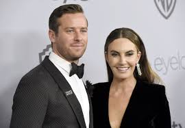Armand douglas hammer had various small parts, before being cast as the winklevoss twins in the social network. Armie Hammer And Elizabeth Chambers Separate After 10 Years