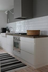 kitchen subway tiles are back in style inspiring designs tiles to match grey kitchen
