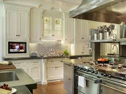 Kitchen Designs With White Cabinets And Granite Countertops