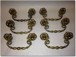 Antique Kitchen Cabinet Hardware Low Cost Ideas For Kitchen Cabinet Makeovers