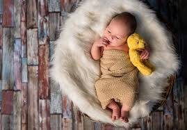 cute baby holding a teddy bear hd