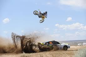 Yellow Motocross Dirt Bike Machine Auto Wallpaper