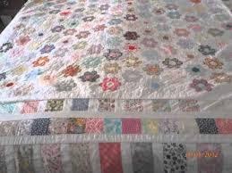 Mums vintage hand sewn hexagon patchwork quilt (small hexagons ... & Mums vintage hand sewn hexagon patchwork quilt (small hexagons) Adamdwight.com