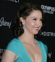 essays on violence against women essay on protection of women from  ashley judd politics the hollywood gossip ashley judd recalls rape decries violence against women in powerful