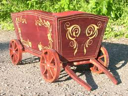 cat name carriage 01 wood