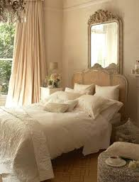 Antique Bedroom Decorating Ideas Awesome Design Inspiration