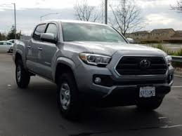 Used pickup trucks 4 cylinders for Sale