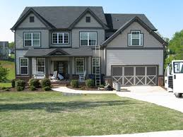 Gray Your Historic House With Choosing Exterior Paint Colors To
