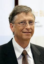 Head and shoulders photo of Bill Gates. Gates in 2013 - Dts_news_bill_gates_wikipedia