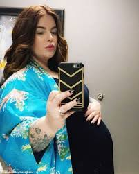 Tess Holliday Size Chart Size 26 Model Tess Holliday Says She Can Be Healthy And