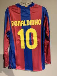Nike ronaldinho fc barcelona soccer jersey brand new men's home retro jersey  - l