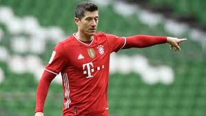 Bayern's robert lewandowski is the most complete, most ruthless, most polished striker of his generation. Robert Lewandowski On Track To Shatter Records Hindustan Times