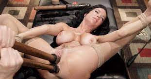 Milf Extreme Anal Squirting