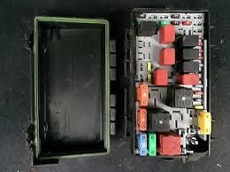 grande punto fuse box diagram grande image wiring fiat grande punto 2006 2014 under bonnet fuse box 51701703bz ref on grande punto fuse box
