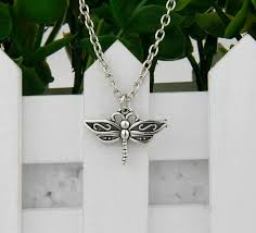 whole hot antique silver dragonfly pendant clavicle short special chain necklace fashion women jewelry unique design friendship gift gold heart
