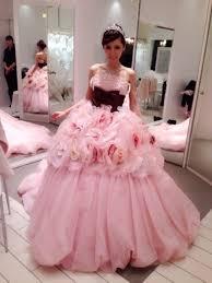 プレ花嫁さんのドレス選び カラードレスで夢を叶えよう Cbk Magazine