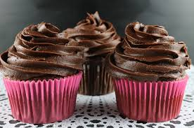 chocolate cupcakes with chocolate icing. Unique Chocolate The Best Chocolate Buttercream Frosting On Cupcakes With Icing I
