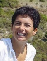 A Vasto la testimonianza di Chiara Amirante fondatrice della Comunità Nuovi Orizzonti La miracolata che oggi si occupa del nostro prossimo