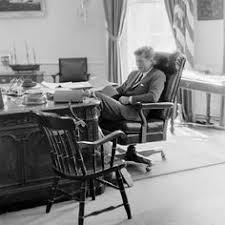 Jfk in oval office Inside Jfk Oval Office White House Pinterest The Famous Smile Smiles In 2019 John Kennedy Jfk