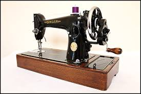 Singer Hand Crank Sewing Machine For Sale