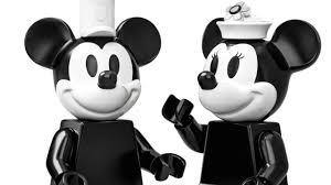 Làm thế nào để chuột Mickey và Minnie chạm đến màu bạc trong LEGO Ideas  21317 Steamboat Willie