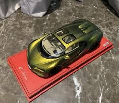 1/18 mr collection bugatti chiron sky view in black red accent carbon base. Mr Collection Bugatti Diecast Toy Vehicles 1 18 Scale For Sale Ebay