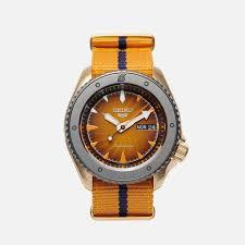 Купить новинки <b>наручных</b> часов в интернет магазине Brandshop ...