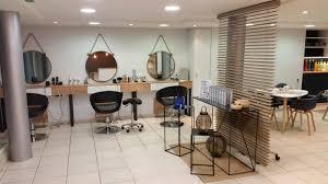 Decoration Salon De Coiffure Photo De Salon De Coiffure