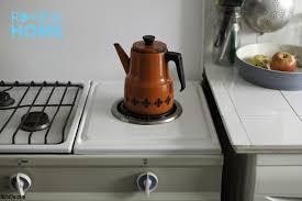 Cách vệ sinh máy pha cà phê - Review Home