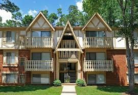 Attractive Laurel Woods Apartments