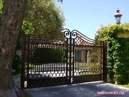 mansion gate ile ilgili görsel sonucu