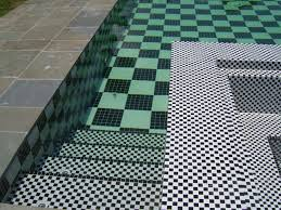 black and white glass tile design