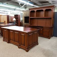 used winners only desk credenza with hutch set cherry dee1533 001